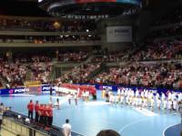 Hymn Polski na meczu z Hiszpania