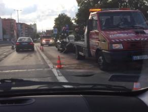 Zderzenie ciężarówki z samochodem osobowym