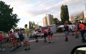 Przejazd rolkarzy na ul. Kołobrzeskiej