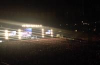Justin rozmawia z publicznościa