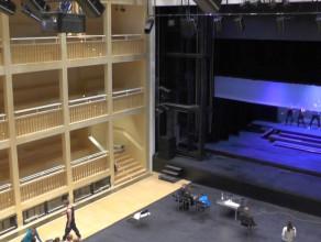 Wnętrza Teatru Szekspirowskiego na kilka dni przed otwarciem