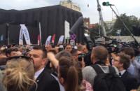 Ewakuacja podczas otwarcia Teatru Szekspirowskiego