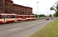 Manewrowanie tramwajami dwukierunkowymi na Podwalu Przedmiejskim