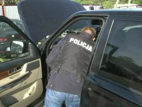 Rozbito gang legalizujący kradzione samochody