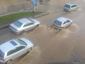 Zalana ulica w centrum Gdyni
