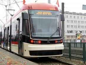Nowy tramwaj od środka - Pesa Jazz Duo