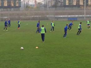 Małe gry piłkarzy Arki przed meczem z GKS Katowice
