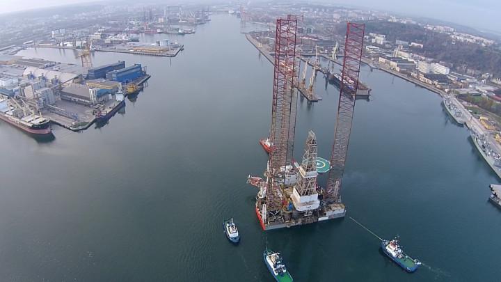 Platforma Lotos Petrobaltic wpłynęła do gdyńskiego portu