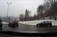 Chyc w lewo z pasa do jazdy prosto