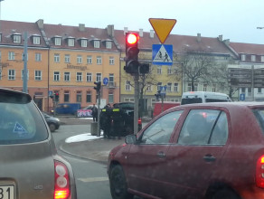 Policja i korek na Hucisku
