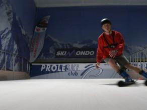 Tak jeździ się na pierwszym, trójmiejskim krytym stoku narciarskim