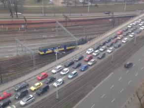 Pełno aut na Błędniku w kierunku Gdańska