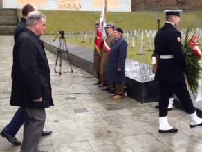 Protest przed Cmentarzem Żołnierzy Radzieckich