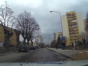 Woda leje się na Morenie - ul. Piecewska