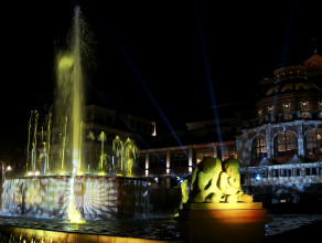 Koncert przy fontannie w Sopocie - Carillon Sound System