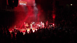 Bis na koncercie Neuzy - Siesta Festival 2015