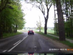 Kolejny nieodpowiedzialny kierowca w BMW