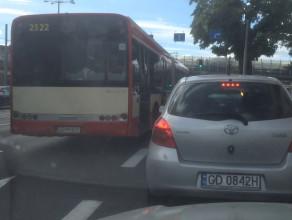 Niepoprawne zachowanie kierowcy autobusu