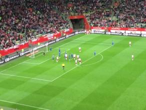 Ostatnie akcje meczu i reakcja publiczności na remis Polski z Grecją 0:0