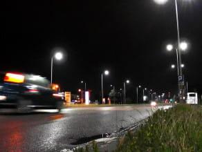 Ulica Elbląska oświetlona światłem LED-owym