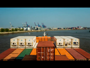 Rejs kontenerowca po Bałtyku: 5 krajów w 5 minut