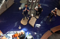 Zagan Acoustic - koncert w fontannie domu handlowego