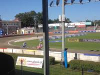 Polish speedway battle. Pokazowy wyścig na motocyklach z silnikami dwuzaworowymi Jawa NSF.