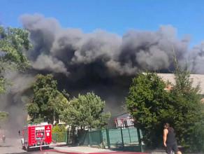 Pożar w hali produkcyjnej w Borkowie