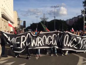 Manifestacja przeciw imigrantom w centrum Gdyni