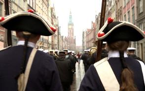 Przemarsz Pomorskiej Izby Rzemieślniczej przez Gdańsk