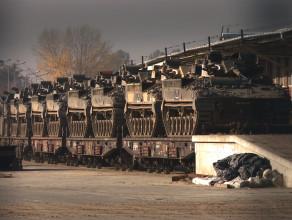 Brytyjskie czołgi w gdańskim porcie