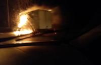 Płonąca ciężarówka na obwodnicy