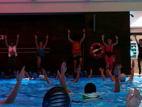 Aquamaraton, czyli dwugodzinny fitness w wodzie