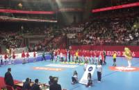 Powitanie drużyn przed meczem Rosja-Dania