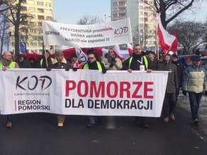 Manifestacja KOD na ulicach Gdańska