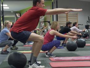 Narciarzu, zbuduj formę w klubie fitness
