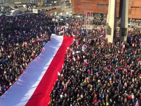 Manifestacja poparcie - Danuta Wałęsa
