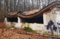 Opuszczona jednostka wojskowa na Grabówku