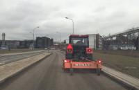 Sprzątanie ulicy Nowa Wałowa