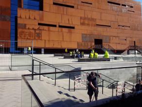 Ruszył remont fontanny przy Europejskim Centrum Solidarności