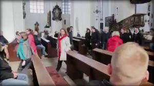 Wyjście z Kościoła Mariackiego