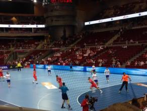 Akcja z meczu piłki ręcznej Chile-Tunezja