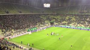 Piłkarze Lechii świętują awans z kibicami