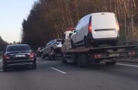Skutki wypadku na obwodnicy przed Osową