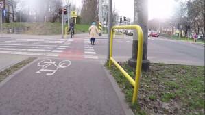 Piesi na drogach - tak ich ciągnie pod koła?