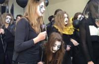 Kondukt żałobny na Długiej w Gdańsku