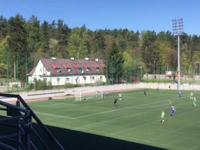 Bałtyk Gdynia strzela gola Lechii II Gdańsk