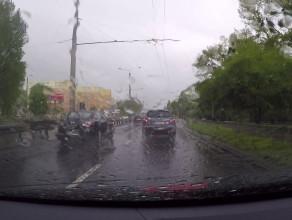 Znowu leje w Gdyni, na drogach niebezpiecznie