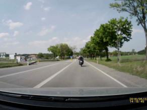 Niebezpieczny motocyklista