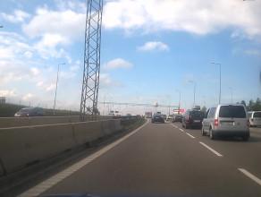 Ostro hamujemy przed Matarnią w kierunku Gdyni